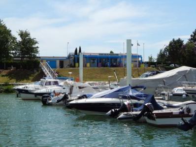 Chalon sur saone port de plaisance navigation fluvial bateau ot 73